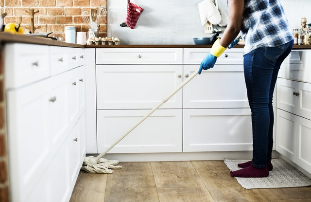 House Cleaning Made Easy – 5 Steps to Keep Your House in Order